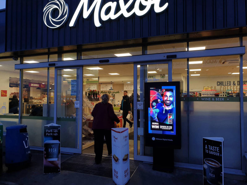 advertise at maxol